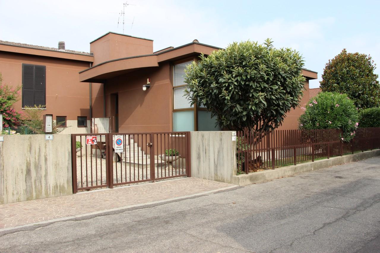 Villa bifamiliare Lodi Vecchio