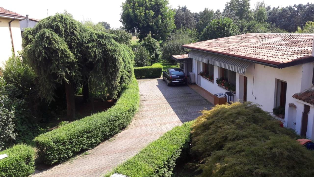 Villa Borgo San Giovanni
