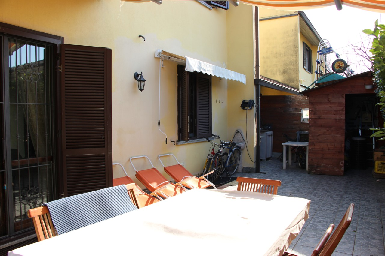 Villa bifamiliare Salerano sul Lambro