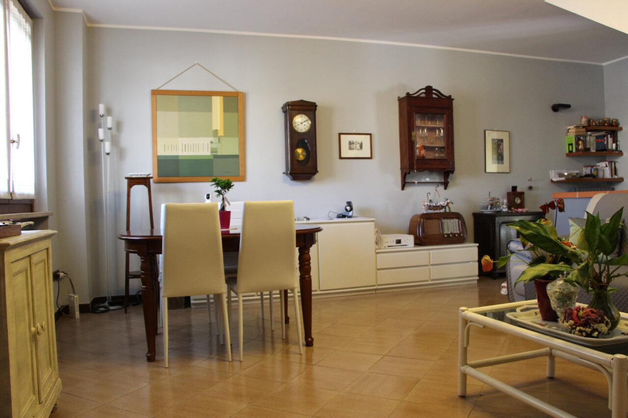 Villa bifamiliare